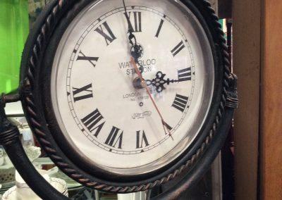 Waterloo Station Stationary Clock